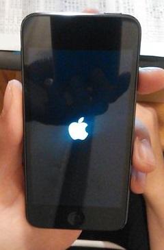 Apple iPod touch 32GB 第6世代 2015年モデル スペースグレイ MKJ02J/A