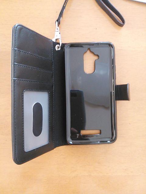 Amazonで買った「Arae」asus ZenFone 3 Max ZC520TL ケース 手帳型