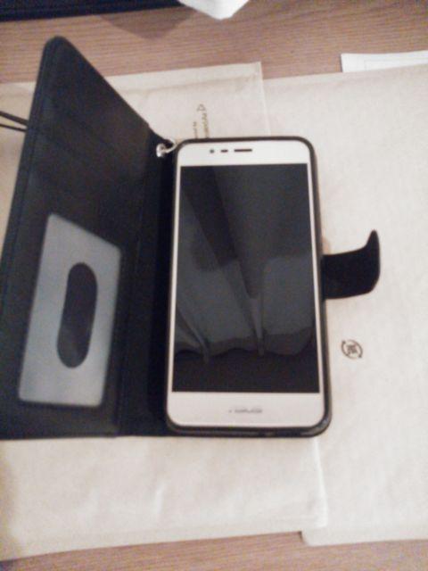 asus ZenFone 3 Max ZC520TLに手帳タイプスマホカバー装着!
