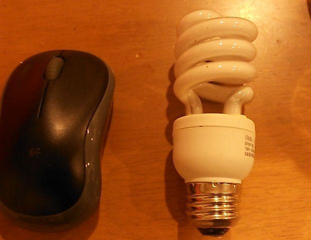 蛍光灯型電球をLED電球に交換