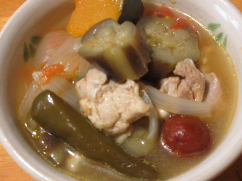 夏野菜のスープ完成品の写真