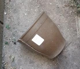 割れたプラ鉢