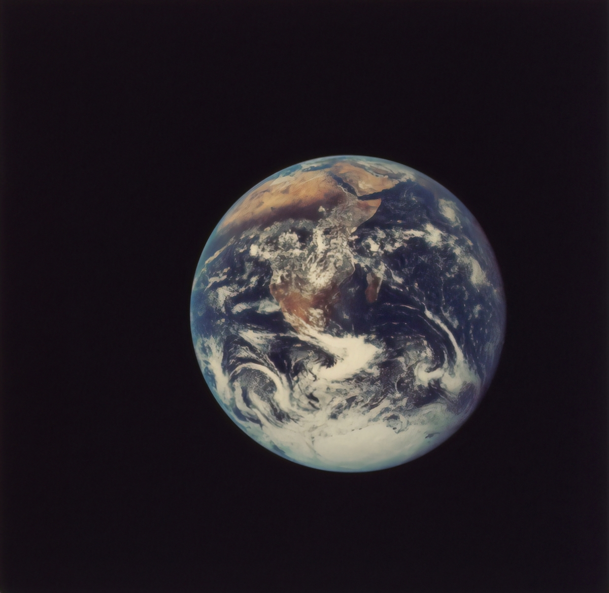 地球への旅行