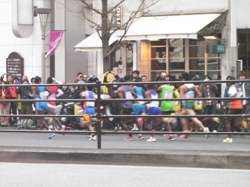 東京マラソン2011 このレースでブレイクした川内選手が偶然映っていた