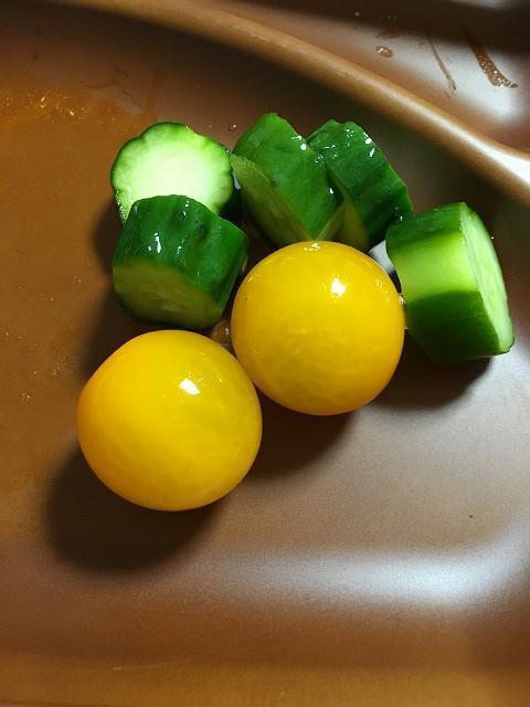 きゅうりとトマトのピクルス