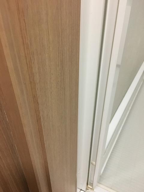 浴室ドアの側面掃除後1