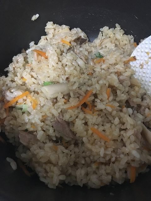 ツナとぽん酢で炊き込みご飯