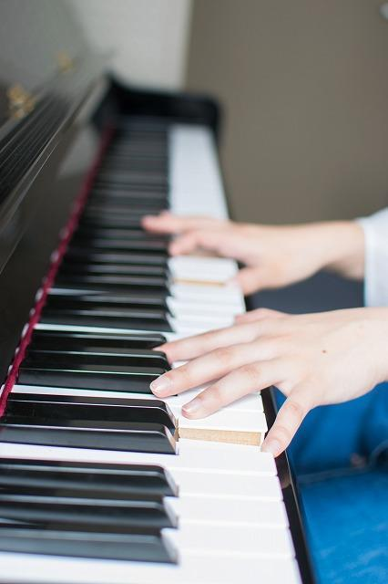 ピアノのレッスンイメージ