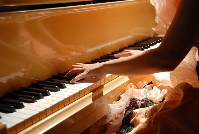 ピアノコンクールのイメージ画像