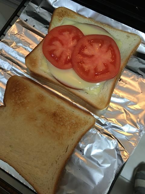トマトのホットサンドイッチ1