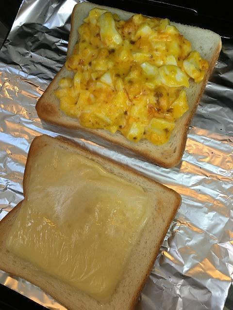 ゆで卵とチーズのホットサンドイッチ1