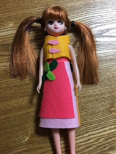 りかちゃん人形の洋服作り1