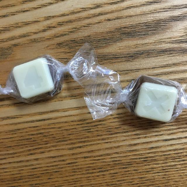 ミルク&ホワイトチョコレート