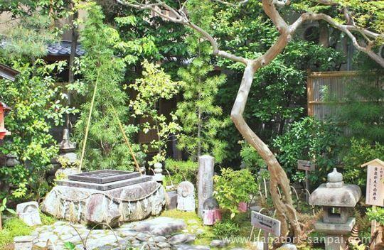 六道珍皇寺の冥土通いの井戸