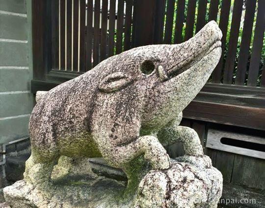 禅居庵の猪像