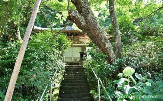 延命寺の地蔵堂