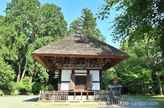 観心寺の建掛塔