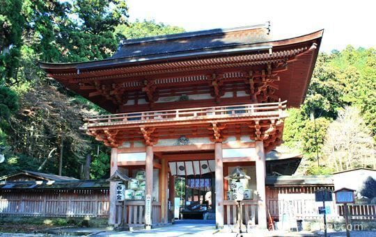 日吉大社の西楼門