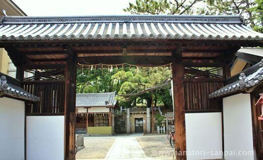 茨木神社の東門