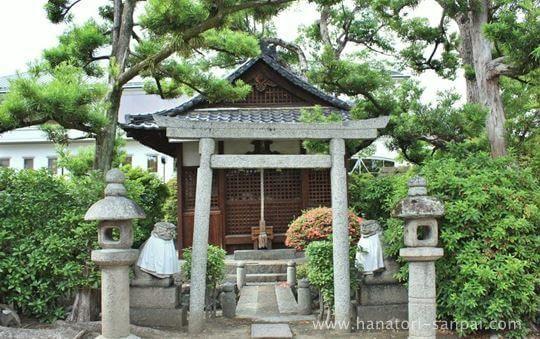 野見神社摂末社の小島神社