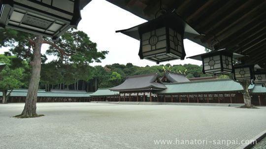 橿原神宮の社殿