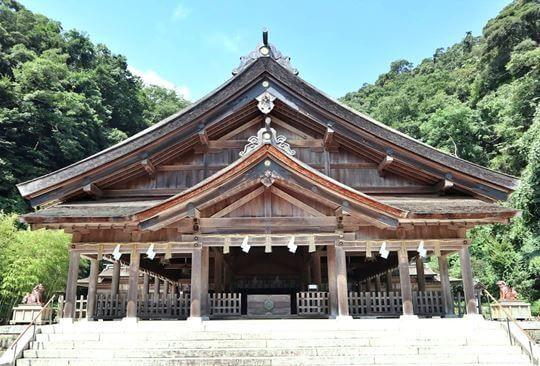 美保神社の社殿