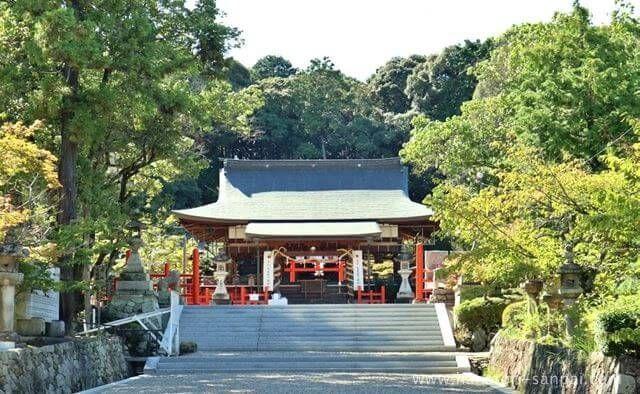 奈良の龍田大社
