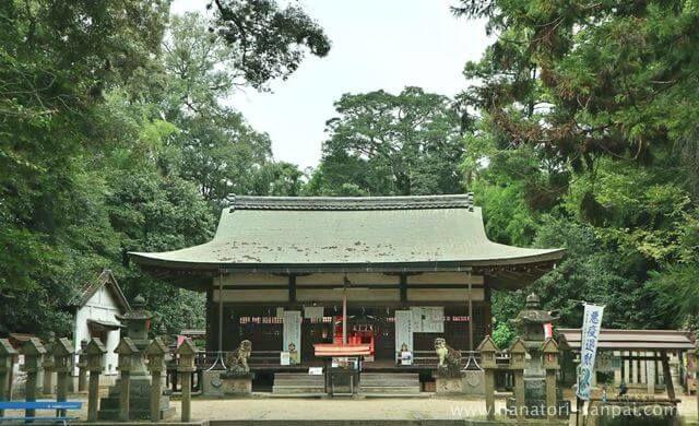 奈良の村屋坐彌冨都比賣神社