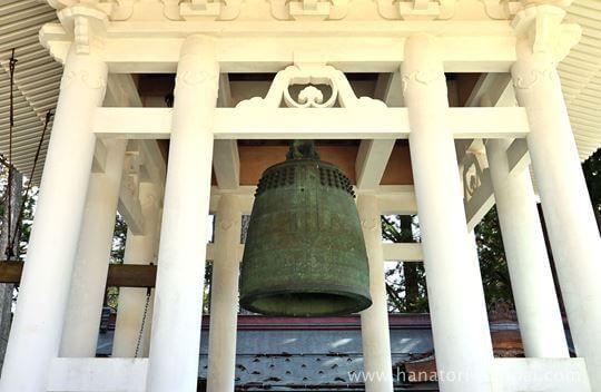 高野山壇上伽藍の大塔の鐘