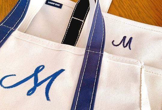 ランズエンドとエルエルビーンのトートバッグ刺繍の比較