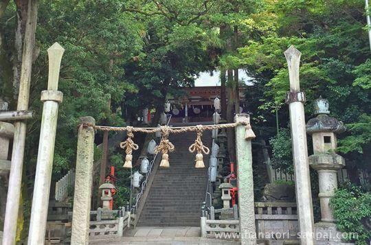 枚岡神社の境内