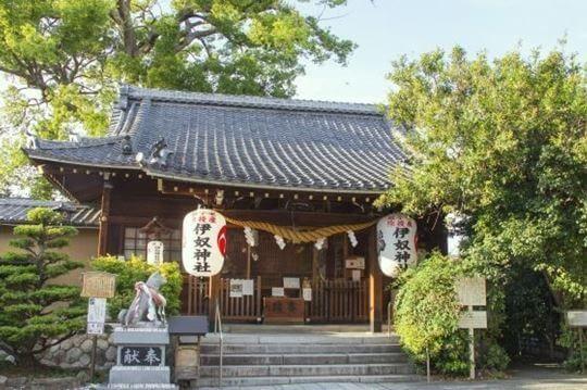 伊奴神社の社殿