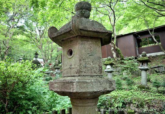 談山神社の石燈籠