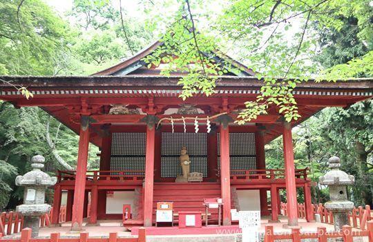 談山神社の東殿・恋神社
