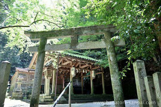 等彌神社の下津尾社