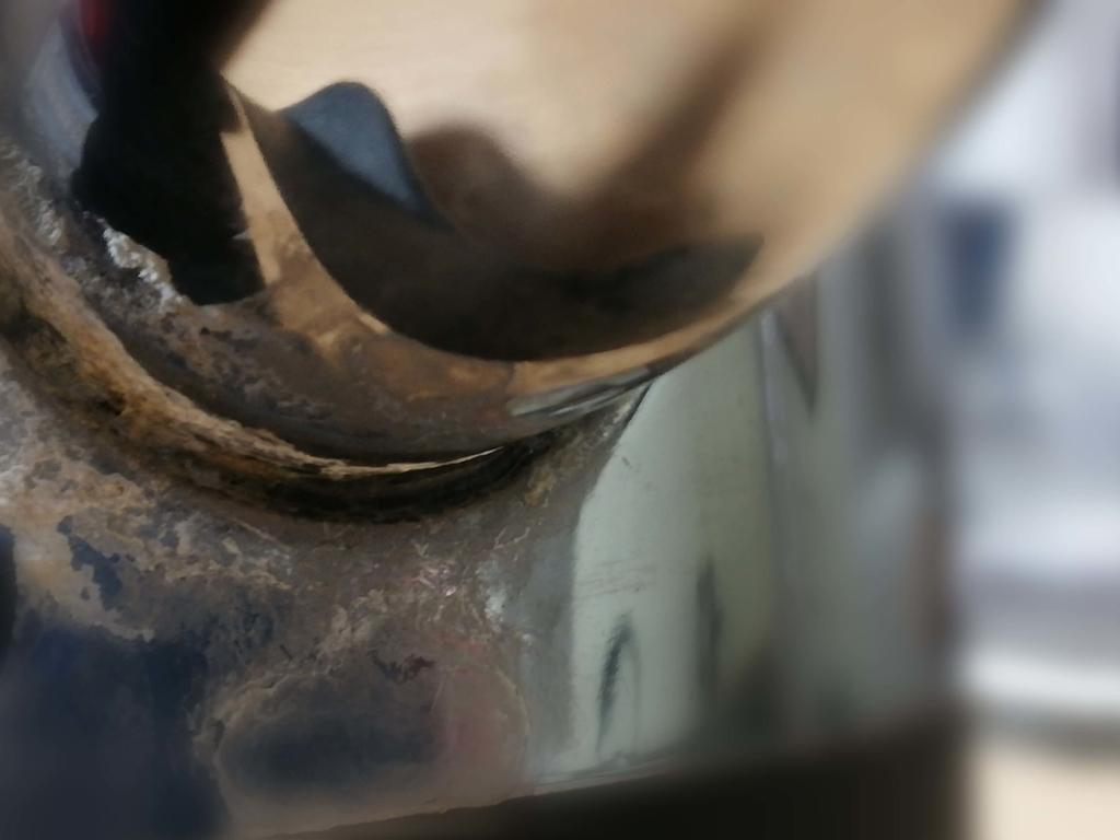 ラッセルホブス:電気ケトルの水漏れ