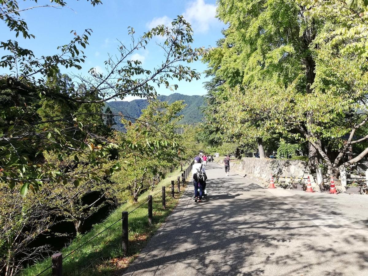 長野県内:ペットと遊ぶ 上田城跡公園 ワンコと散策