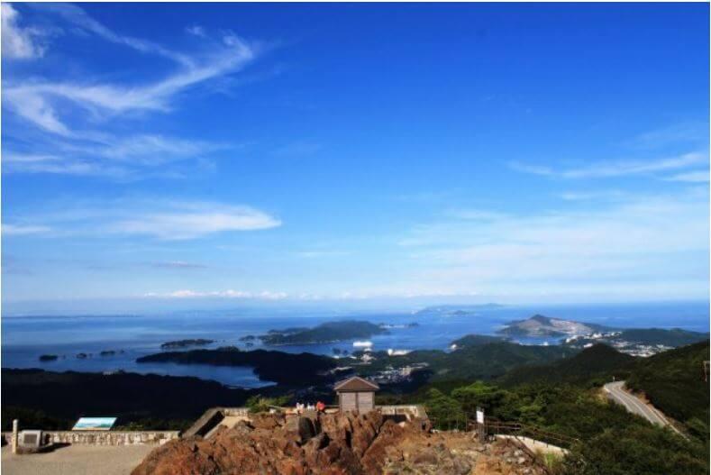 三重県内でペットとお出かけ:朝熊山頂展望台