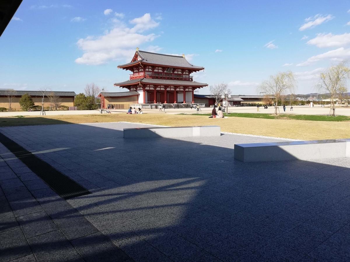 奈良県内でペットとお出かけ:朱雀門の大きさ半端ないって!