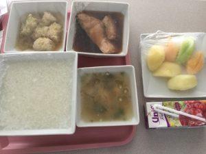 病院の朝食