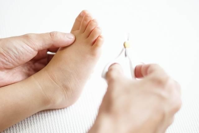 子供の足の爪のイメージ図