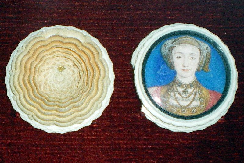 ミニチュアボックス 1539年