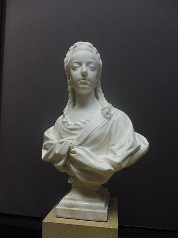 王太子妃マリー・アントワネットの胸像 ジャン=バティスト・ルモワーヌ作 1771年頃