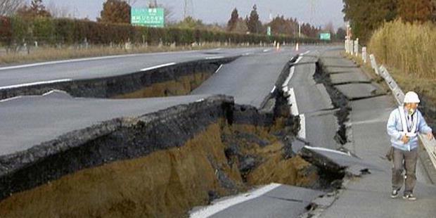 perbaikan kontruksi jalan mengalami hambatan