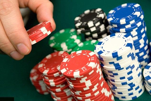 terobosan situ poker melampaui target