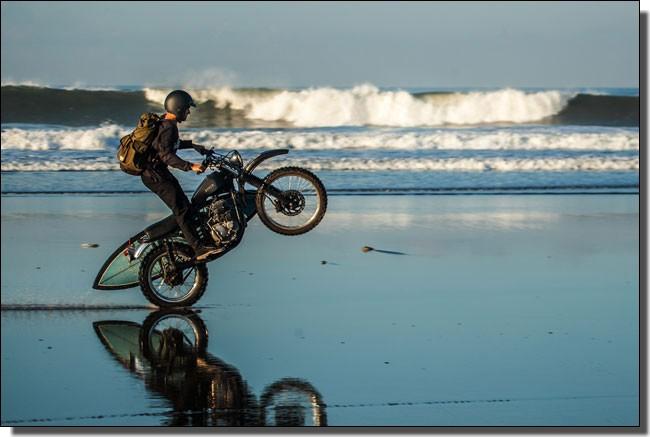 波とバイク