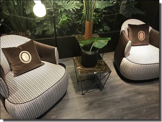 トラサルディの椅子