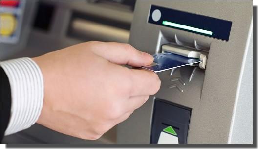 JALマイルが貯まるクレジットカードのトラブル