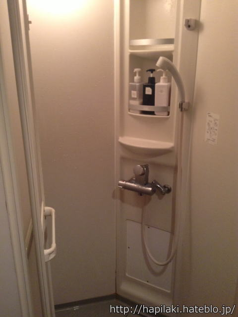カスタマカフェのシャワールーム