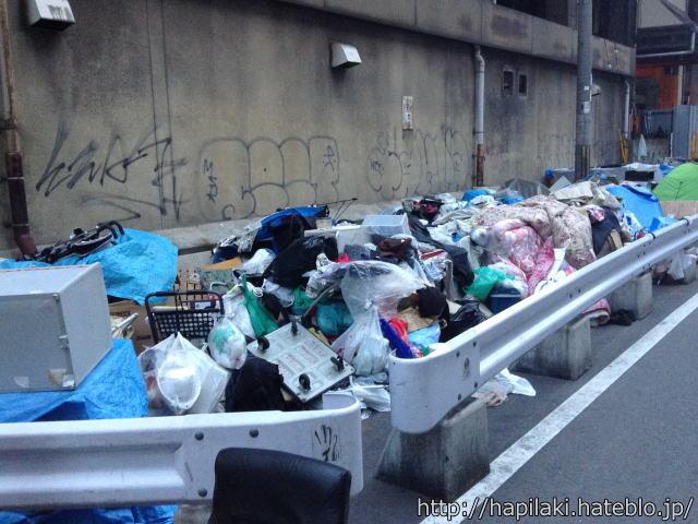 新今宮駅周辺のゴミ